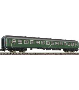 Coche de tren expreso de 2ª clase tipo B4üm con luz trasera, DB Ref: 864901. FLEISCHMANN. N