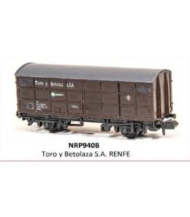 "Vagón Cerrado ""TORO Y BETOLAZA"" PECO NR-P940B Escala N"